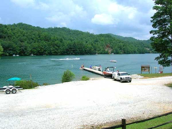 Lake Nantahala Access And Boat Ramp. Private Log Cabin Vacation Home For  Rent Close To